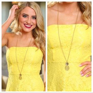LAST ONE! Pineapple Necklace Set